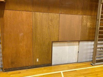体育館壁修繕