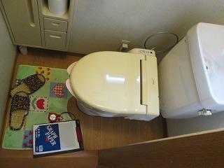 トイレ改修工事前