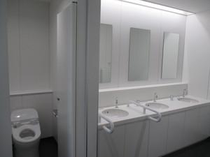 新城市新庁舎トイレ