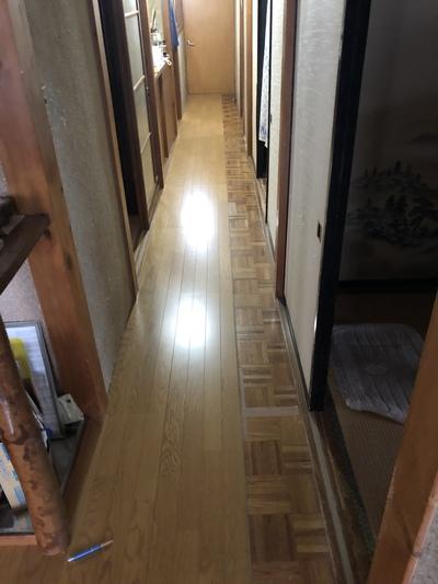 床の上貼り工事